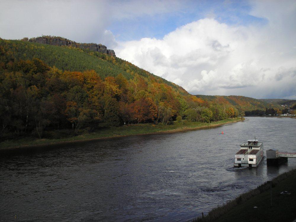 Herbststimmung an der Elbe