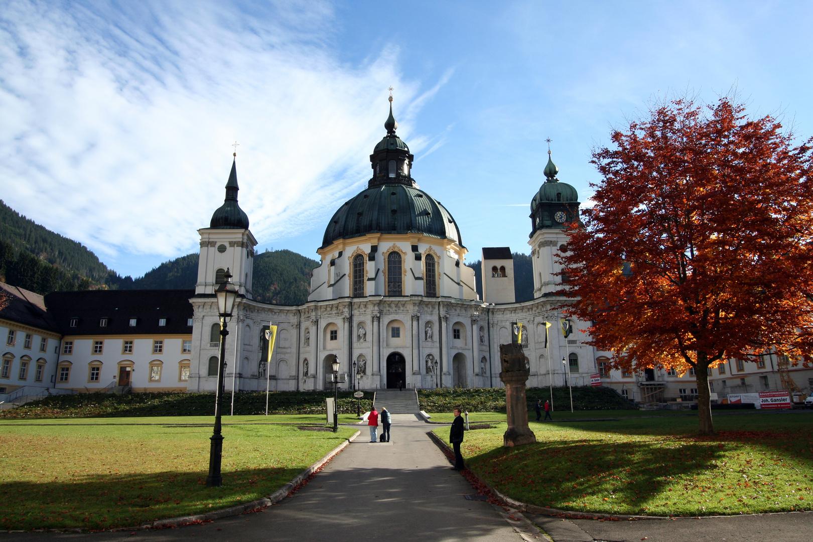 Herbststimmung im Kloster Ettal