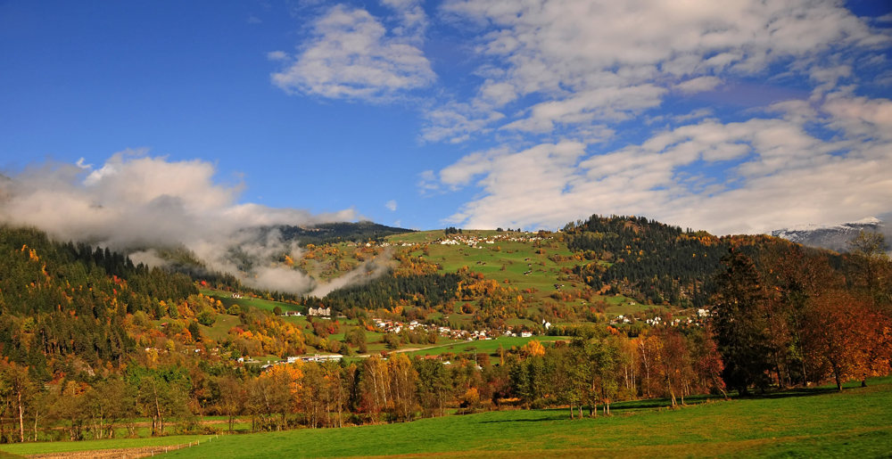 Herbststimmung über meinem Heimatort.