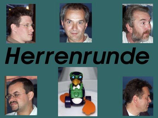 Herrenrunde mit Pinguin