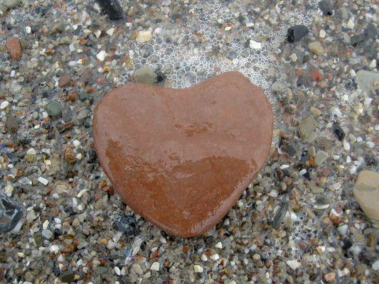 Herz am Boden