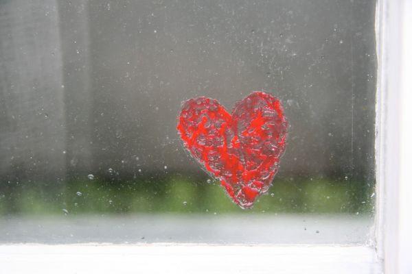Herz - der Sonne, dem Regen sowie auch Stürmen ausgesetzt... -