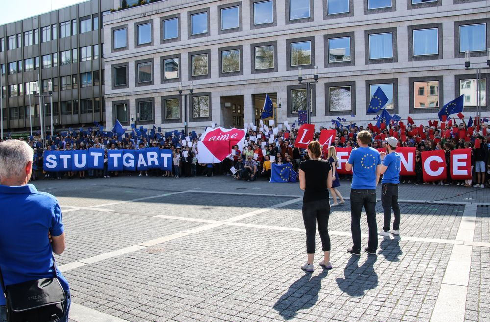 HERZ Pulse of EUROPE Stuttgart 9.4.17 +2Fotos