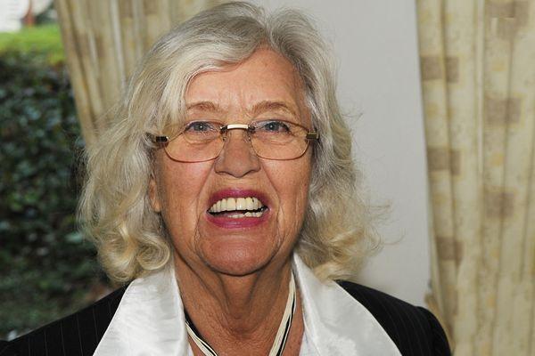Herzlichen Glückwunsch zum 83. Geburtstag Nana Ellen