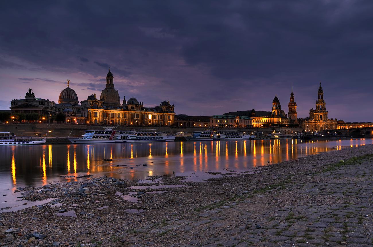 *** Heute Abend in Dresden ***