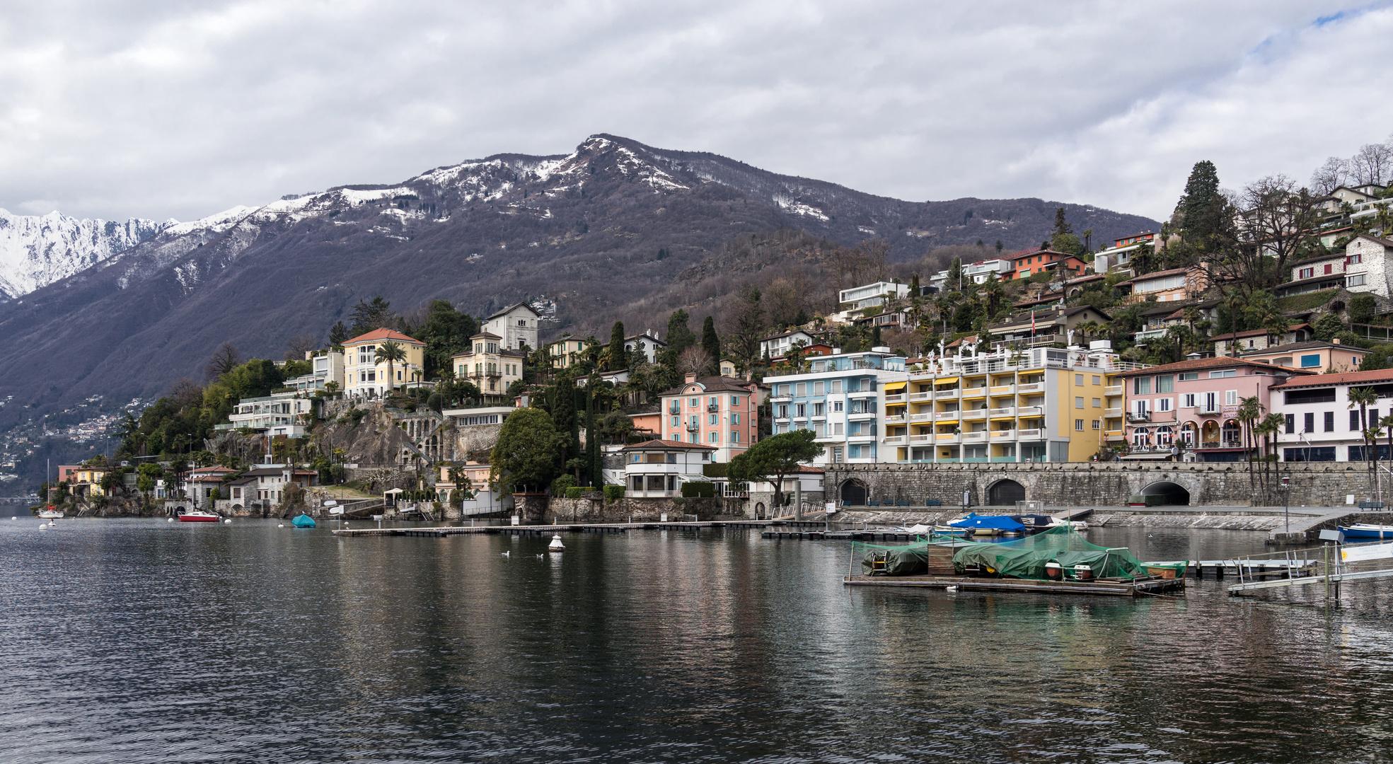Heute in Ascona das sich leider noch ein wenig im Winterschlaf befindet.