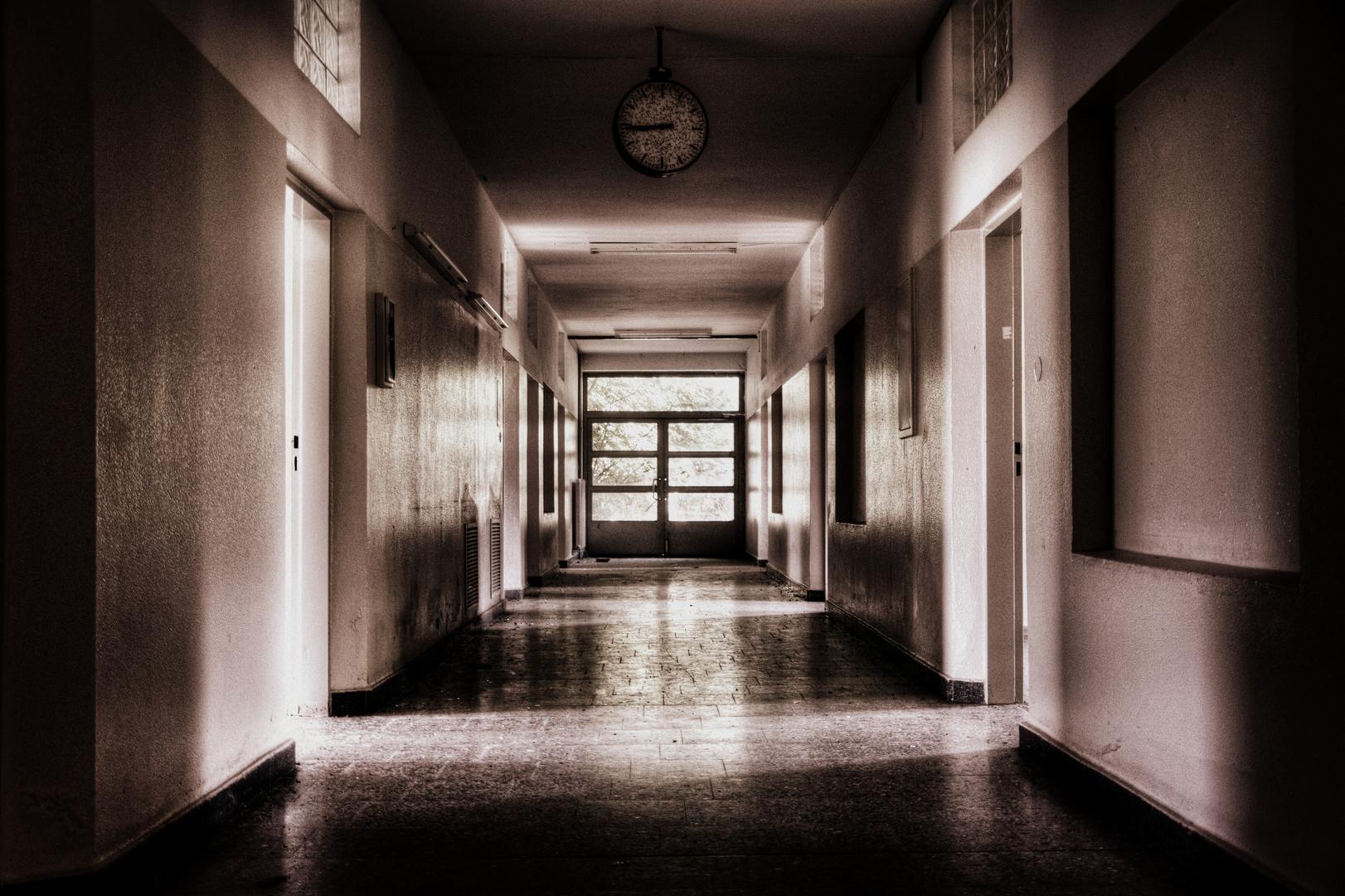 heute, unterwegs in dunklen Gängen...