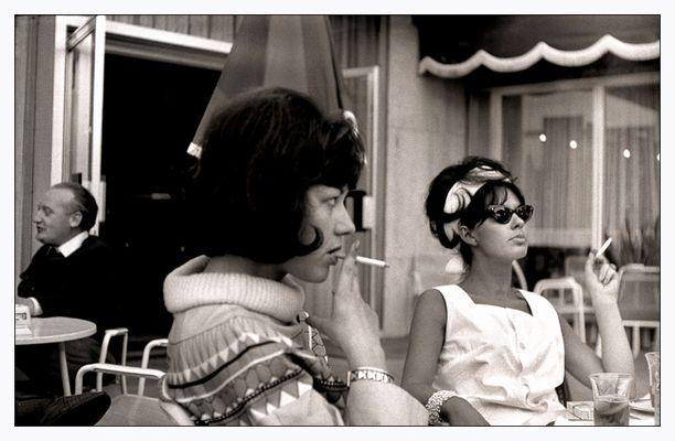 Heute vor vierzig Jahren: Zwei damals noch junge Frauen im Vollbesitz ihrer Hochnäsigkeit.