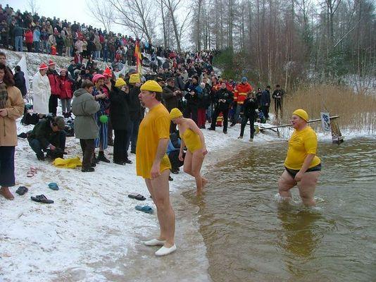 """Heute war Eisbaden in Ferchland """" Wasser 2Grad"""""""