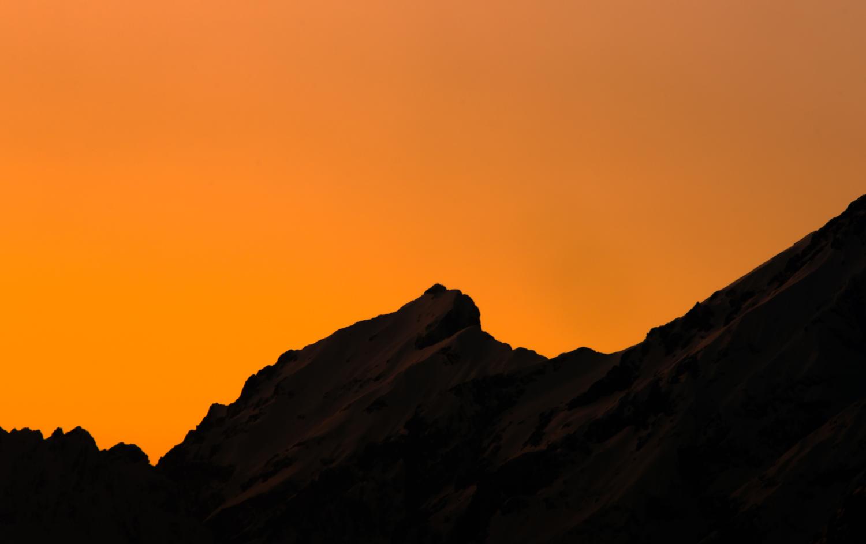 Heutiges Abendrot über den Bergen