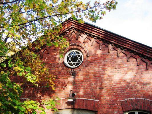 Hexagram in oldtown