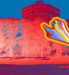 Hexen-Schlumpfine rettet den Hamburger Wasserturm