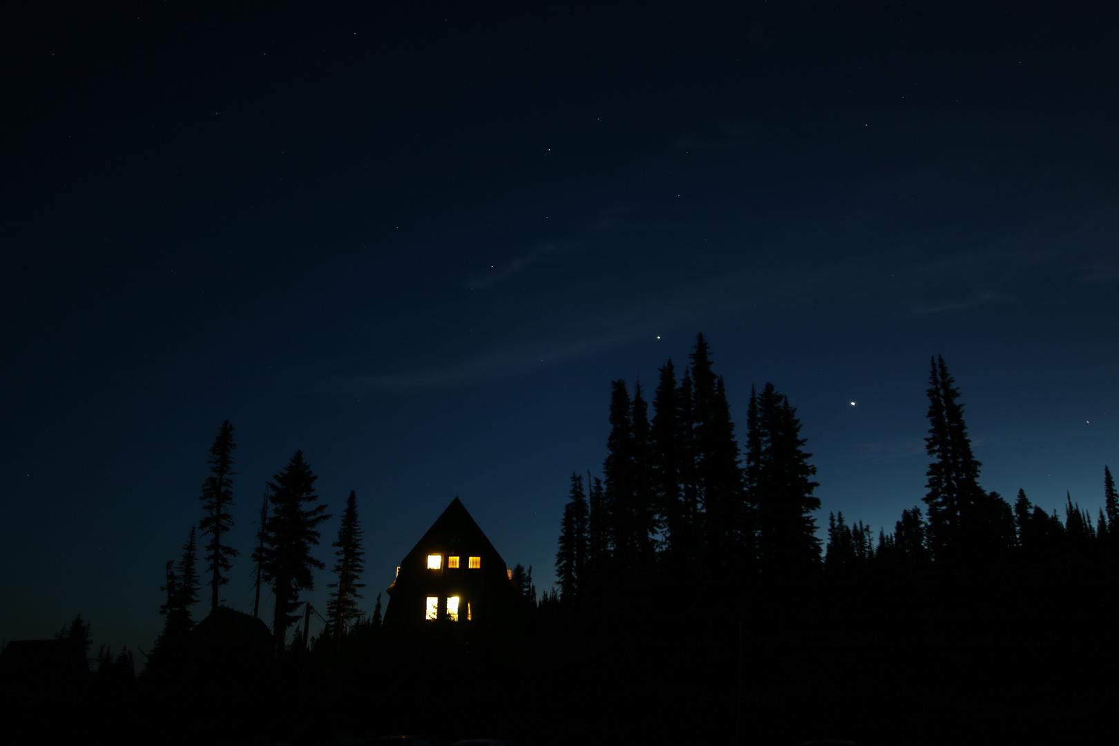 Hexenhäuschen bei Nacht
