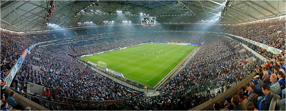 Hexenkessel auf Schalke
