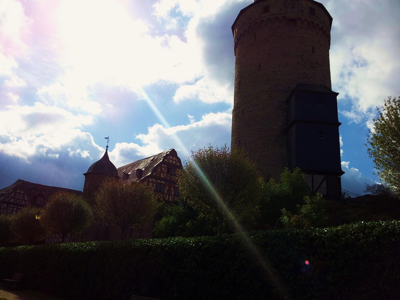 Hexenturm im Gegenlicht