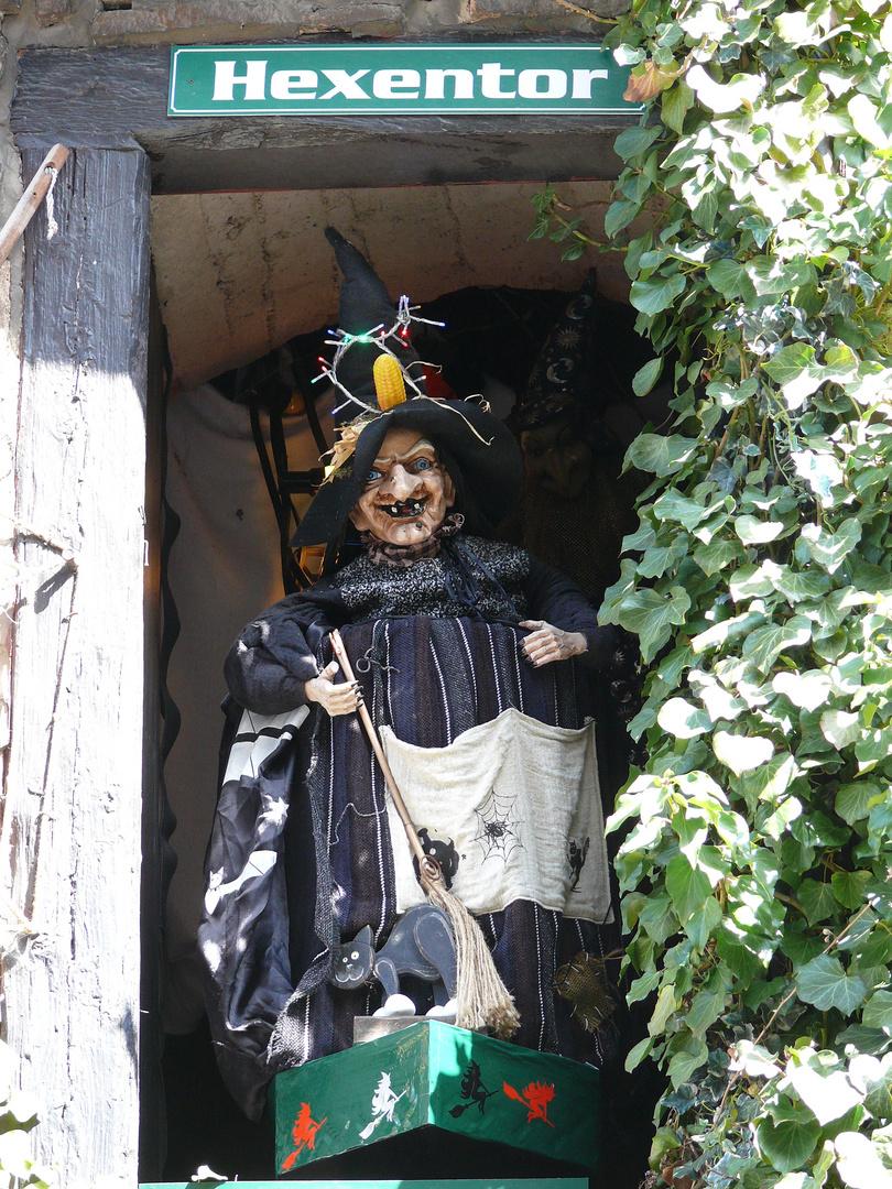 Hexenuhr am Schloß Wernigerode