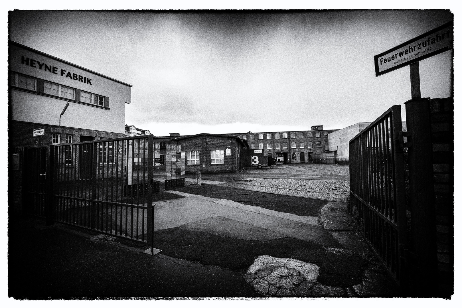Heyne Fabrik Offenbach Foto & Bild | architektur, stadtlandschaft ...