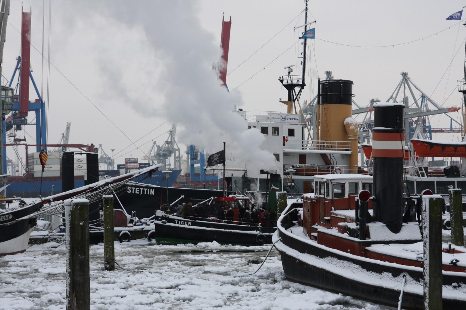 HH-Hafen im Winter