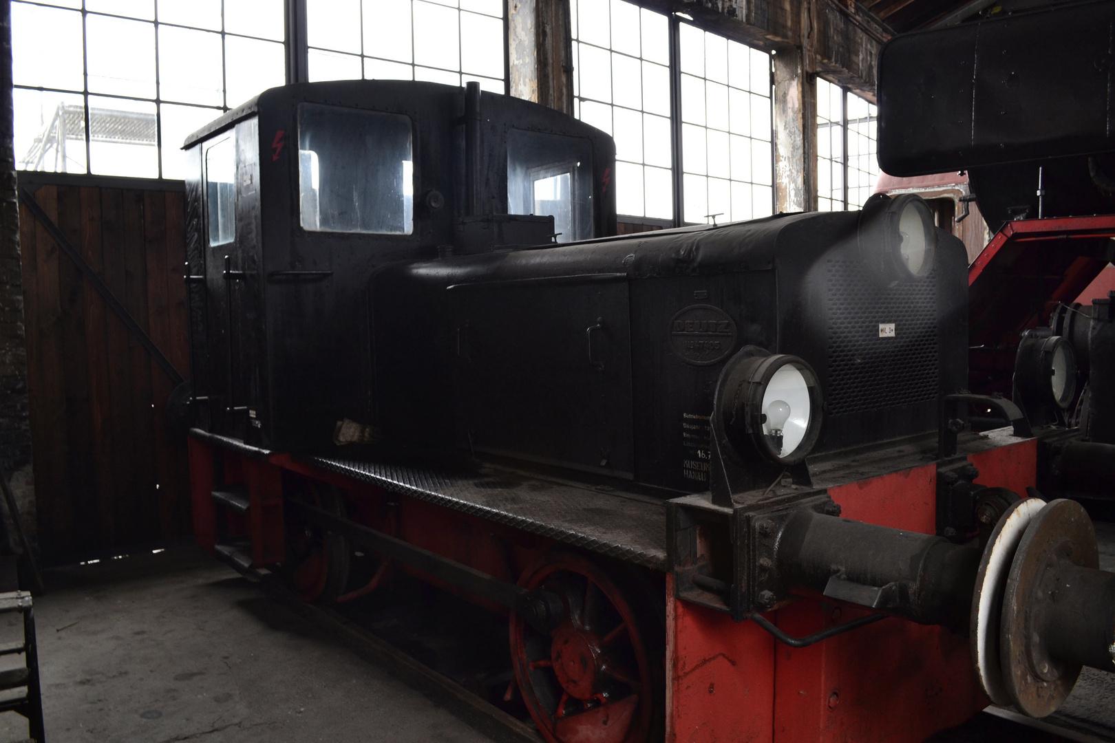 Hier eine Diesel-Lok mit einem Deutz Motor