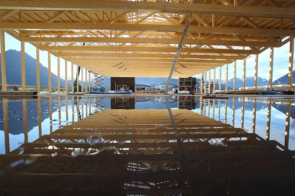 hier ensteht die größte Autohalle- Österreichs - und das- aus Holz