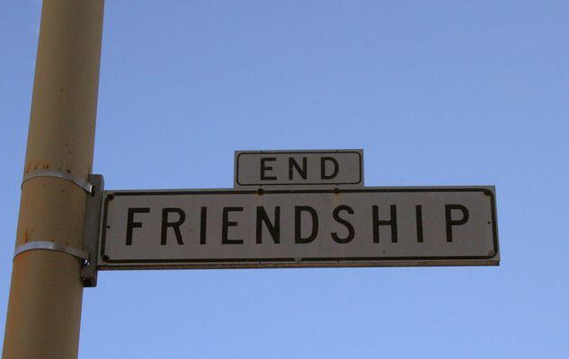hier hört die Freundschaft auf!