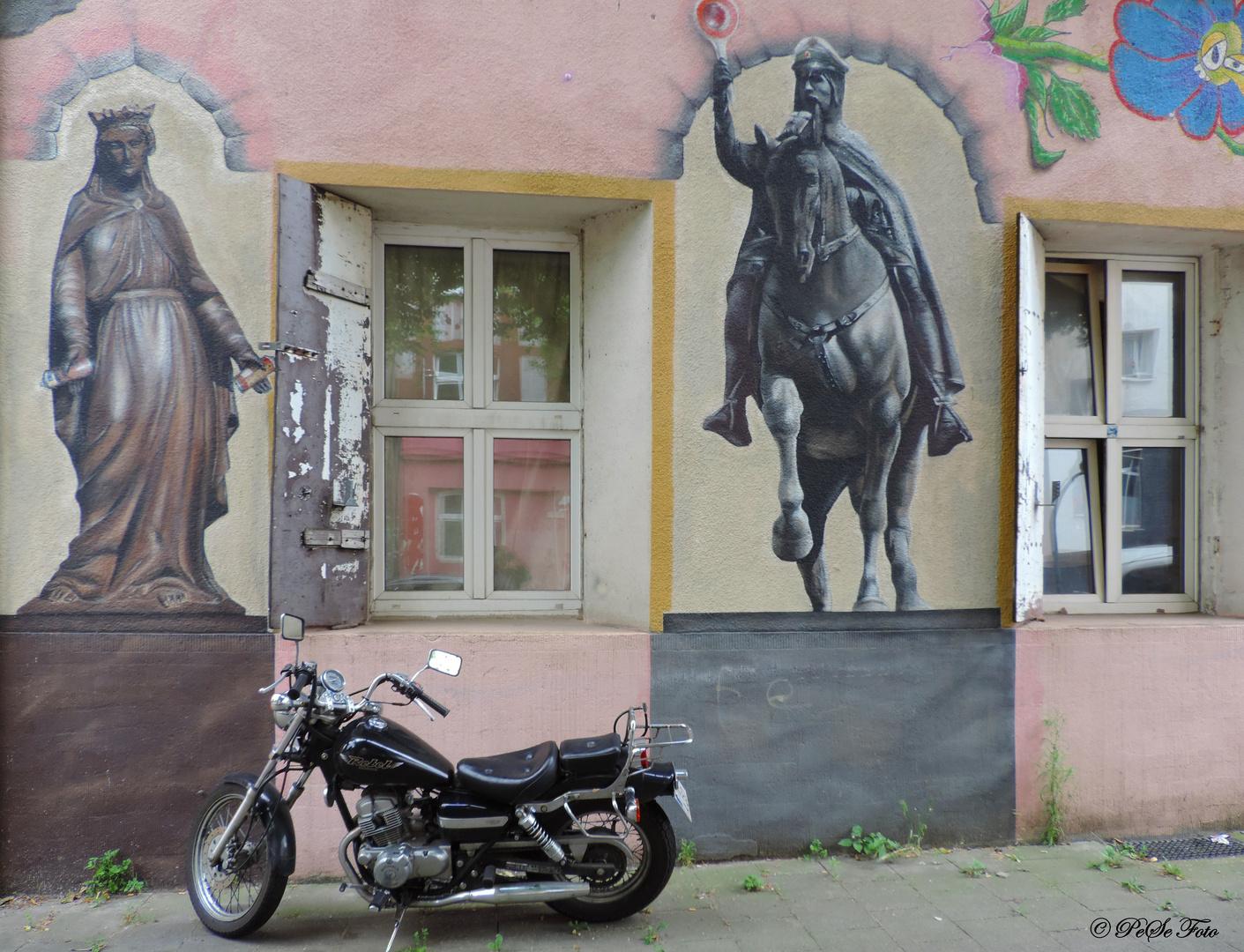 Hier ist das Motorrad sicher.....