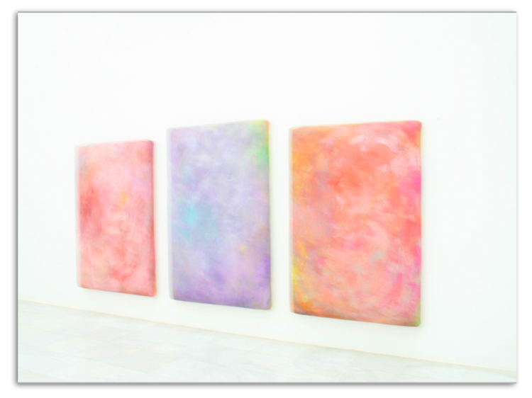 high key: Skulptur/ Gemälde auf der Museumsinsel Hombroich/ Neuss