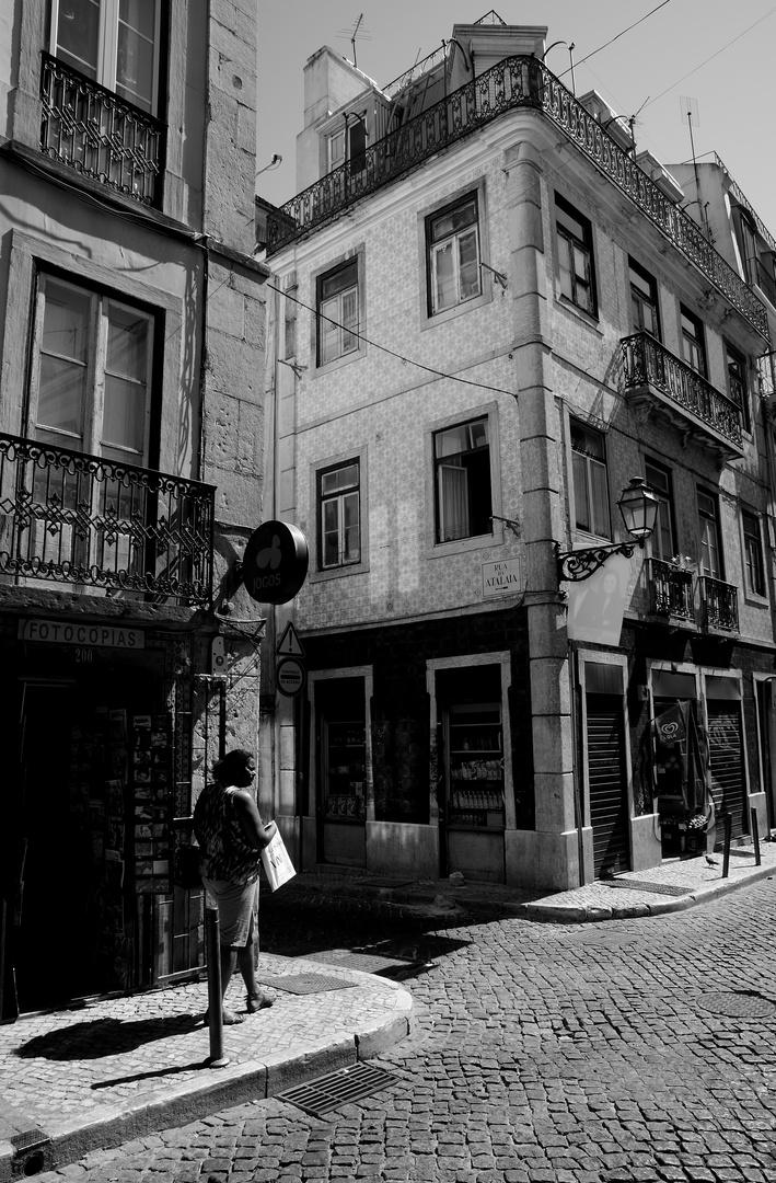 High noon in Lisbon
