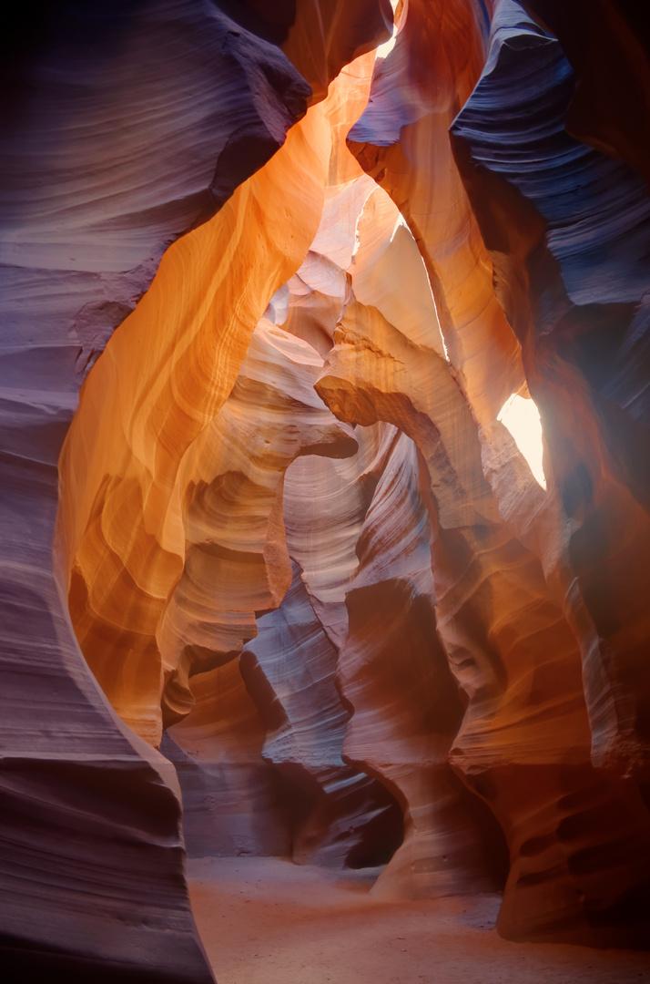 High Noon Light at Antelope Canyon