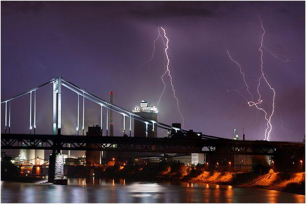 High Voltage - Krefeld Hafen