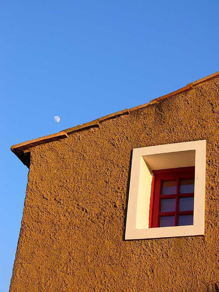 Highnoon mit Mond