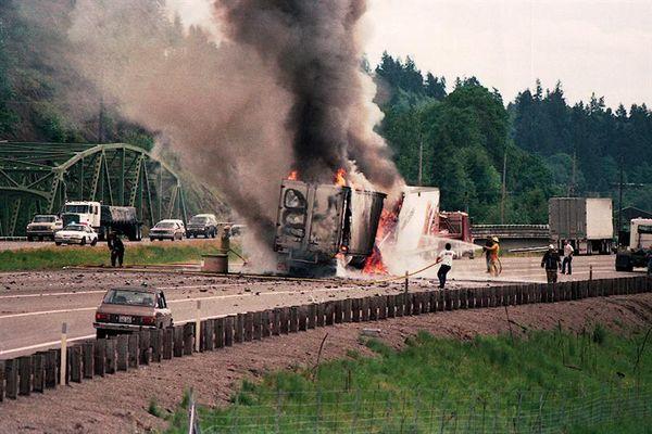 highway truck fire, oregon, us, ©1991