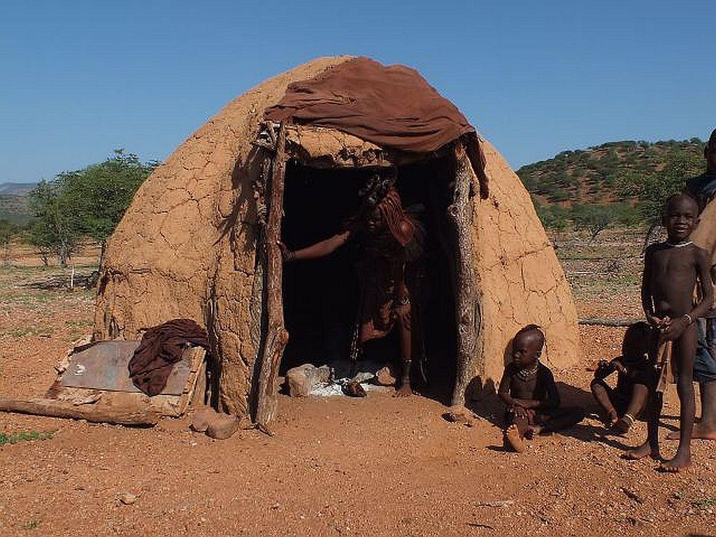 Himba Hütte