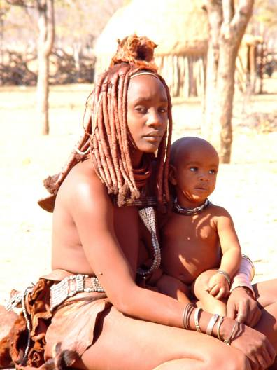 Himba Mutter mit Kind