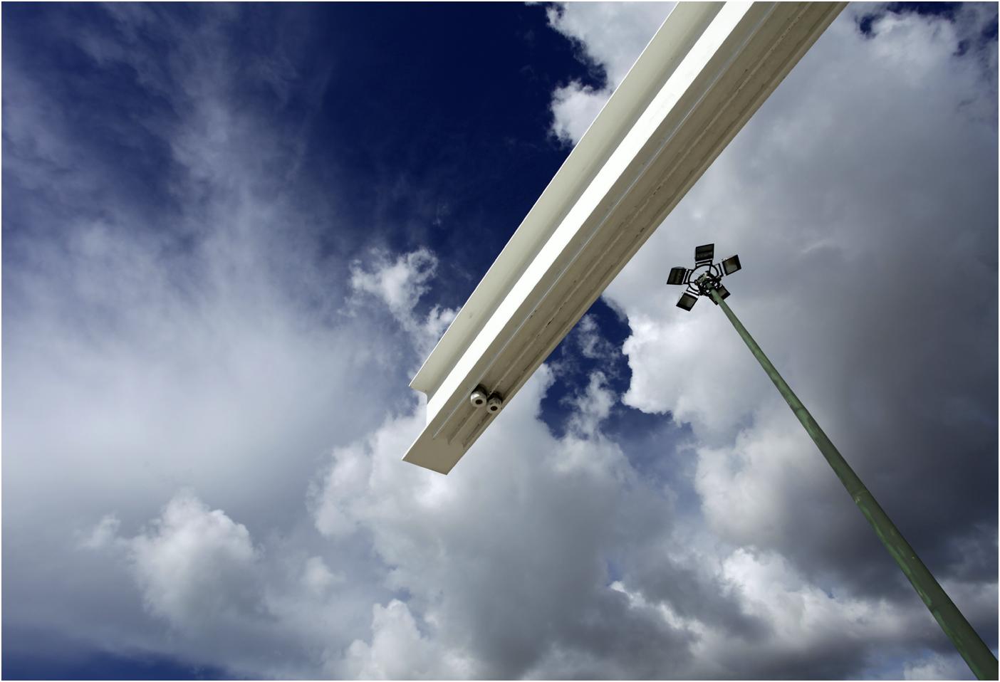 Himmel über Lissabon II