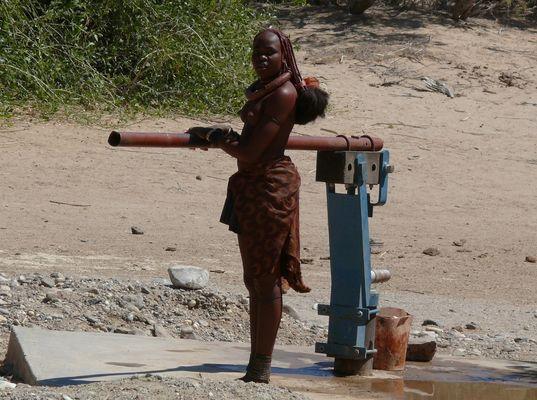 Himpafrau bei Puros