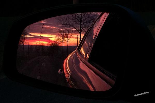 Hinter dem Sonnenuntergang...