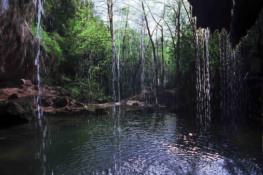 hinter dem Wasserfall 2
