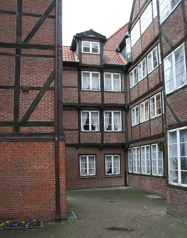 Hinterhofidyll @Hamburg-Neustadt