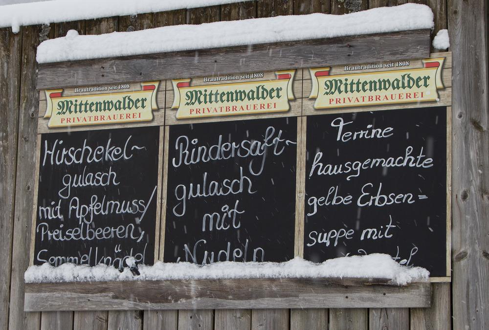 Hirsch-Ekel und Rindersaft