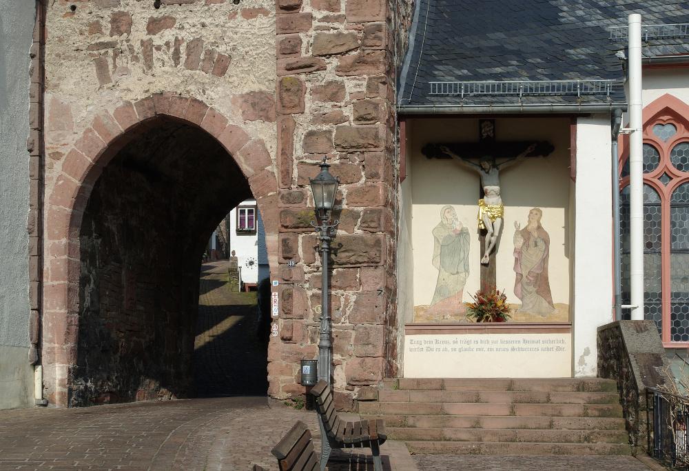 Hirschhorn – Mitteltor und Marktkirche