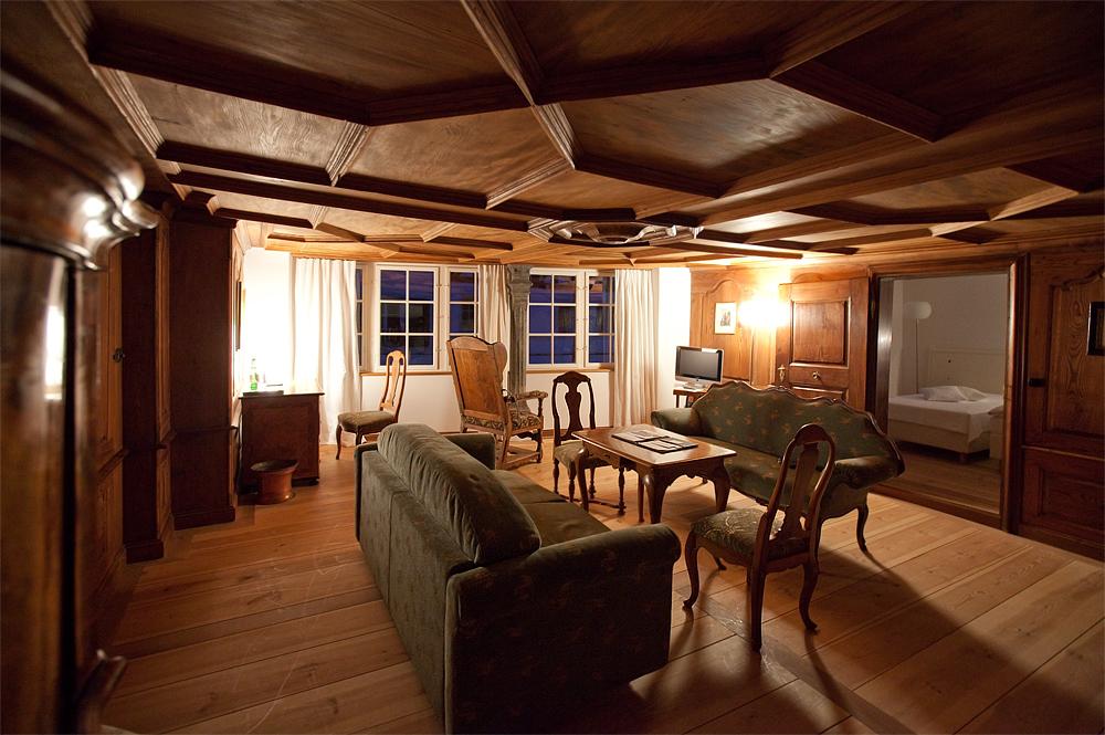 Historic Hotel 2