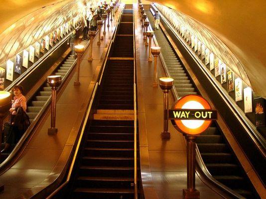 Historische Einrichtung der Underground, London