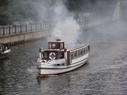 Historisches Motorschiff Eintracht vom Historischen Hafen Berlin