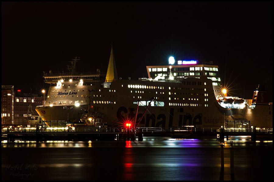 Hittin' downtown by ship...