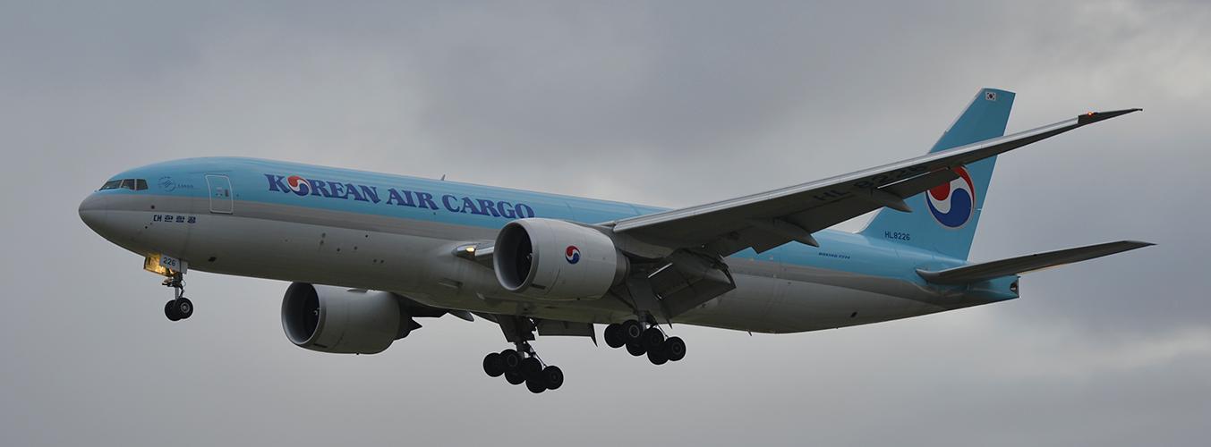 HL8226 - Korean Air Cargo - Boeing 777