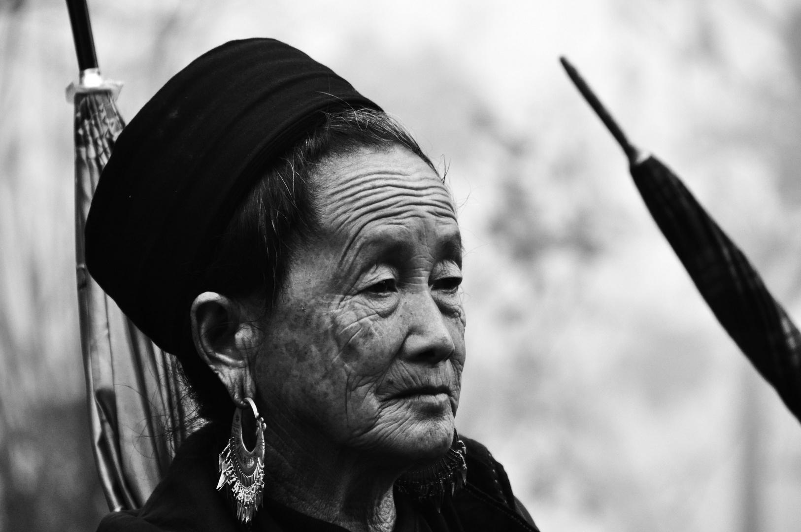 Hmong-Frau