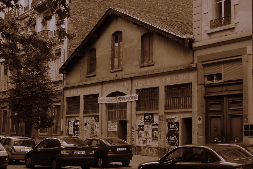 ho coin d'une rue de Lyon