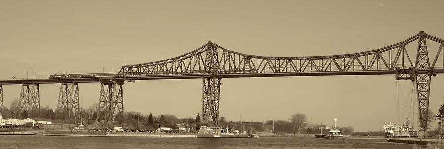 Hochbrücke von........