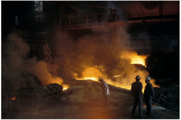 Hochofenanstich in den Stahlwerken Bremen